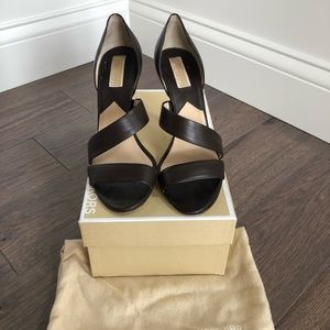 Michael Kors Nell Strappy Leather Pump